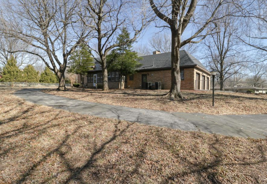 2325 South Inglewood Road Springfield, MO 65804 - Photo 38