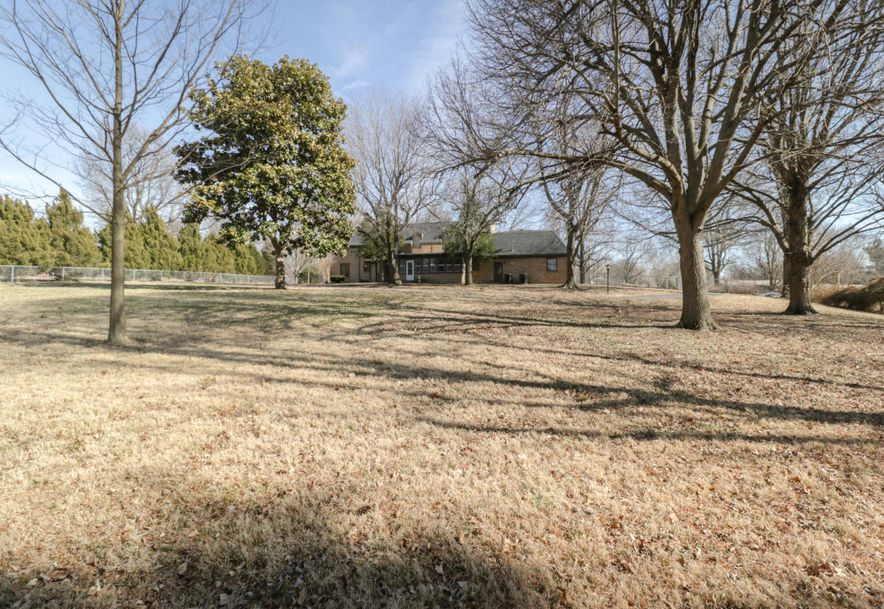 2325 South Inglewood Road Springfield, MO 65804 - Photo 41