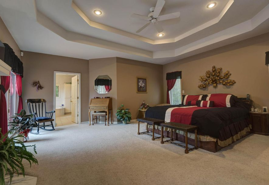 5049 South Castlewood Drive Springfield, MO 65804 - Photo 20