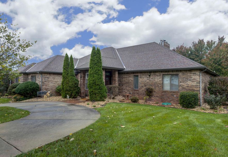 5049 South Castlewood Drive Springfield, MO 65804 - Photo 5