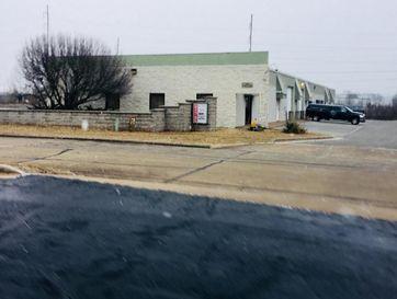 440 South Cavalier Avenue Springfield, MO 65802 - Image 1