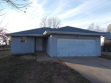 215 South Jefferson Walnut Grove, MO 65770 - Image 1