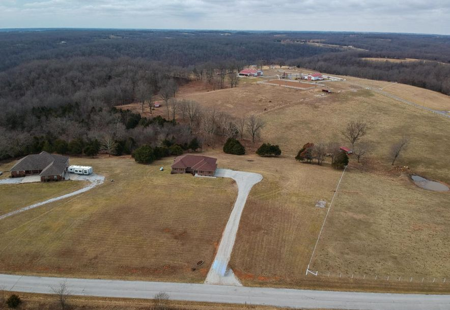 3077 Hidden Valley Road Clever, MO 65631 - Photo 2