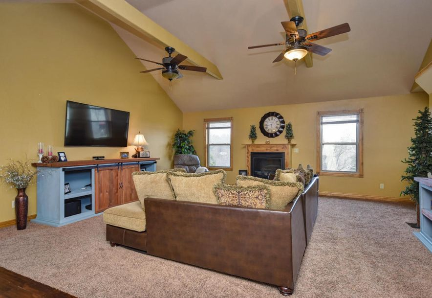 3077 Hidden Valley Road Clever, MO 65631 - Photo 17