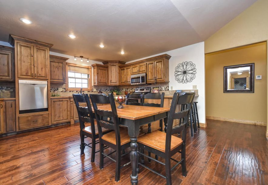 3077 Hidden Valley Road Clever, MO 65631 - Photo 8