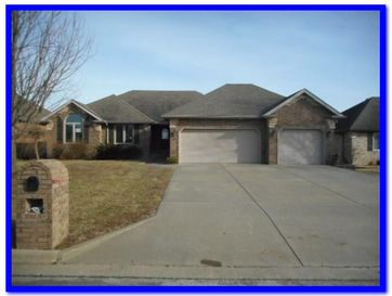 620 Maplewood Hills Drive Nixa, MO 65714 - Image 1