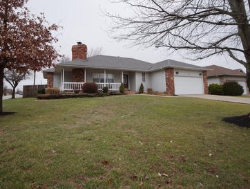 201 North Meadow Street Nixa, MO 65714 - Image