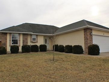 314 Shawnee Court Clever, MO 65631 - Image 1