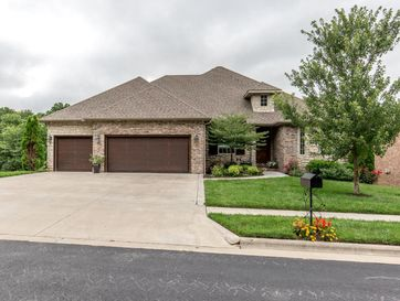 5310 South Parklane Avenue Springfield, MO 65810 - Image 1