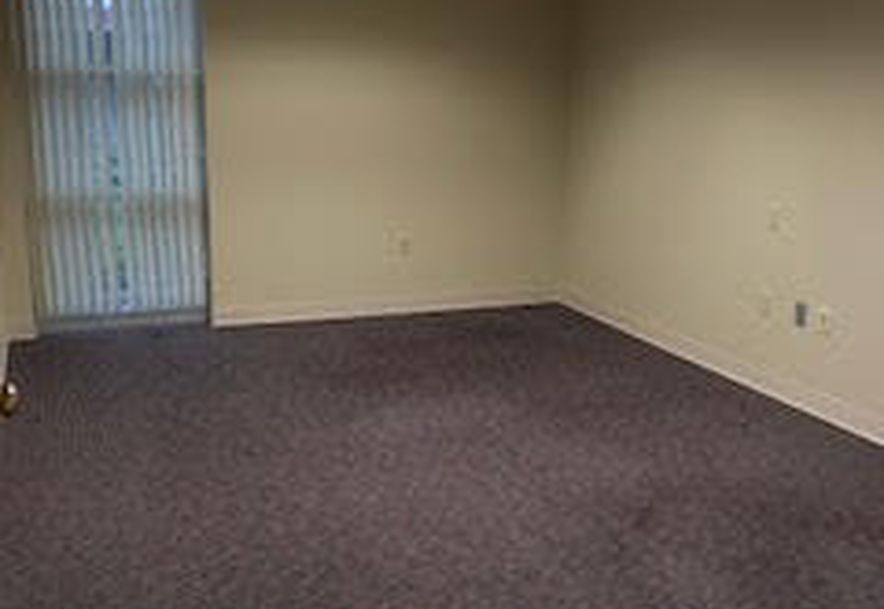 2902 Arizona Avenue Suite 2 Joplin, MO 64804 - Photo 14