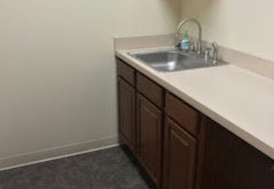 2902 Arizona Avenue Suite 2 Joplin, MO 64804 - Photo 8