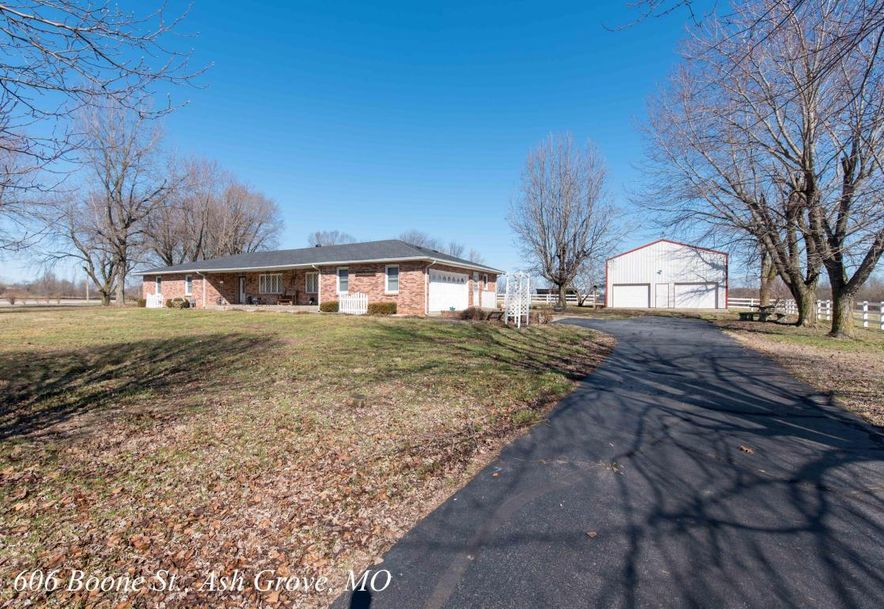 606 West Boone Street Ash Grove, MO 65604 - Photo 1