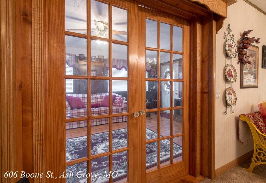 606 West Boone Street Ash Grove, MO 65604 - Photo 20