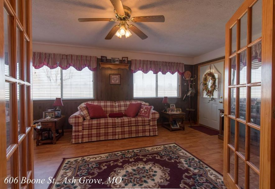 606 West Boone Street Ash Grove, MO 65604 - Photo 21