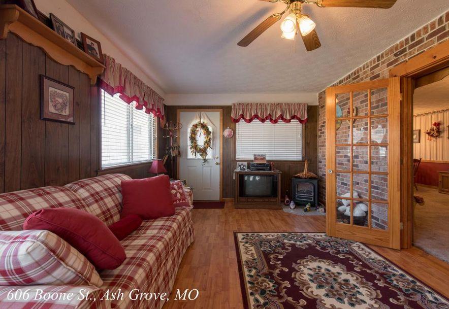 606 West Boone Street Ash Grove, MO 65604 - Photo 22