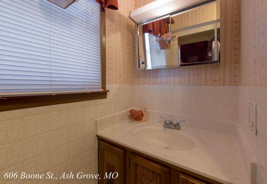 606 West Boone Street Ash Grove, MO 65604 - Photo 30