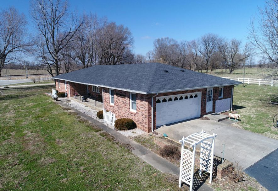 606 West Boone Street Ash Grove, MO 65604 - Photo 6