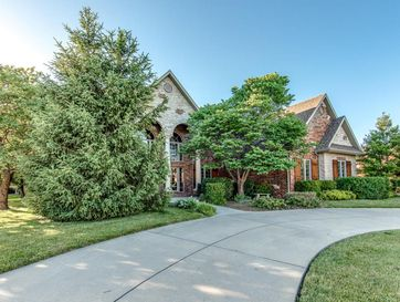 5913 South Parkhaven Lane Springfield, MO 65810 - Image 1