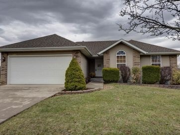204 Deer Run Willard, MO 65781 - Image 1