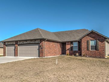 994 Congress Drive Rogersville, MO 65742 - Image 1
