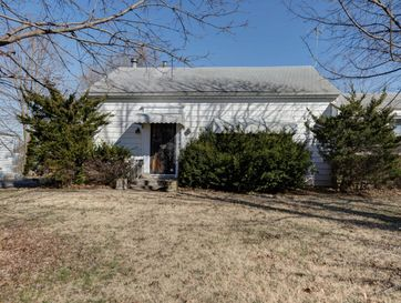 1828 South Missouri Avenue Springfield, MO 65807 - Image 1