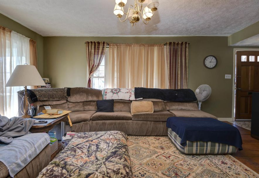 1828 South Missouri Avenue Springfield, MO 65807 - Photo 3