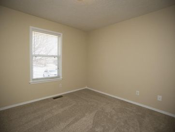 Photo of 5259 South Cloverdale Lane