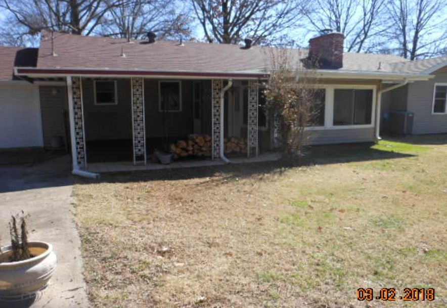 1923 South Cedarbrook Avenue Springfield, MO 65804 - Photo 24