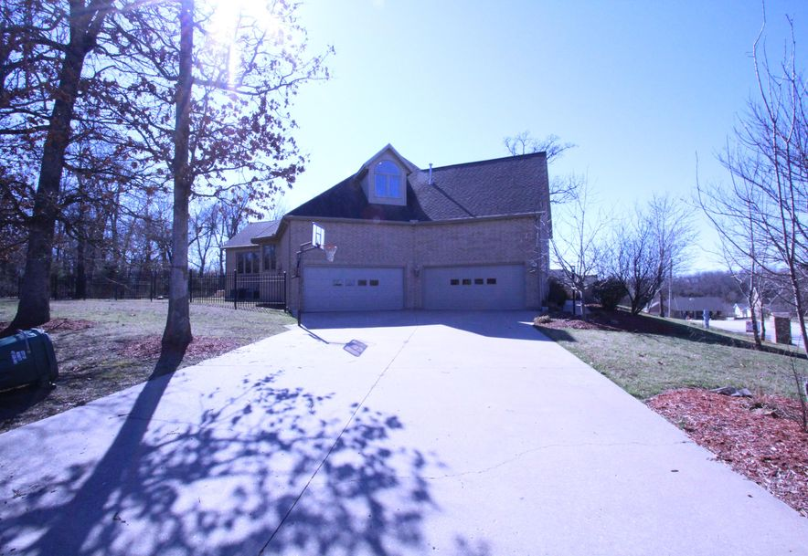 307 Taylor Street Monett, MO 65708 - Photo 4
