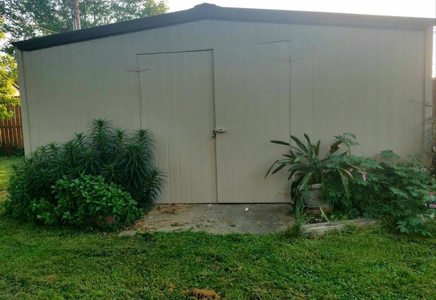 136 North Oak Crest Drive Houston, MO 65483 - Photo 8
