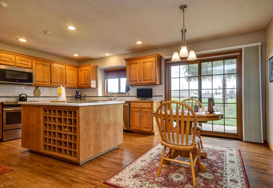 710 Rosebriar Street Mt Vernon, MO 65712 - Photo 29