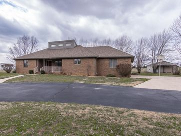 1747 North Farm Rd 203 Strafford, MO 65757 - Image 1