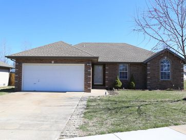 2620 North Meadow Lake Drive Springfield, MO 65802 - Image 1