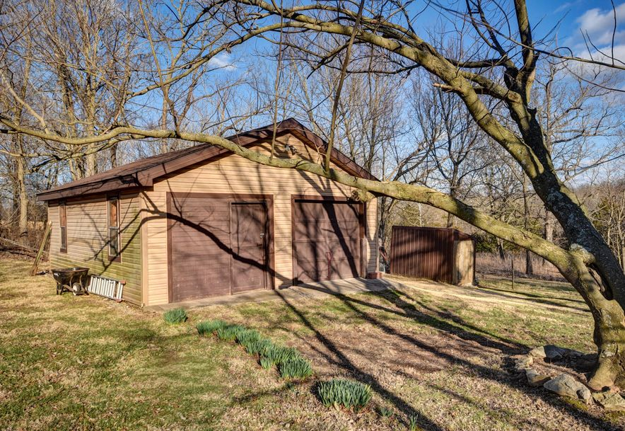 7138 North Crystal Cave Lane Springfield, MO 65803 - Photo 43