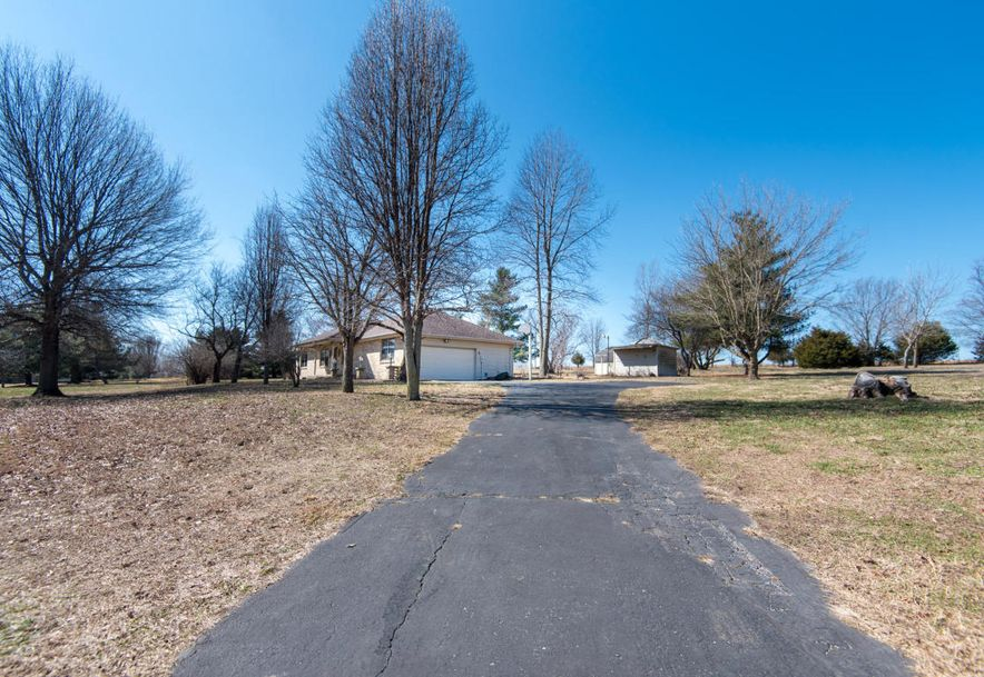 8425 Meadow Lake Drive Willard, MO 65781 - Photo 2