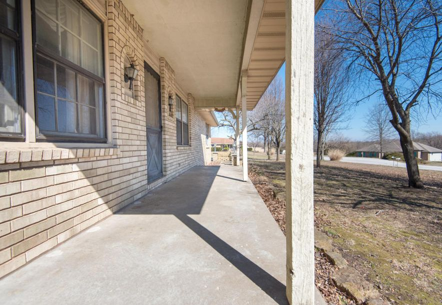 8425 Meadow Lake Drive Willard, MO 65781 - Photo 3