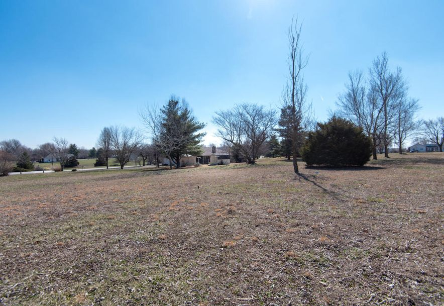 8425 Meadow Lake Drive Willard, MO 65781 - Photo 31