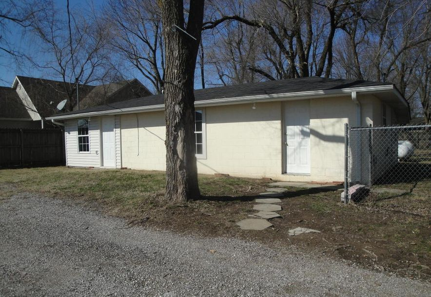 1301 South Illinois Avenue Republic, MO 65738 - Photo 4