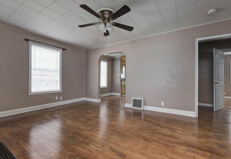 1644 East Commercial Street Springfield, MO 65803 - Photo 5