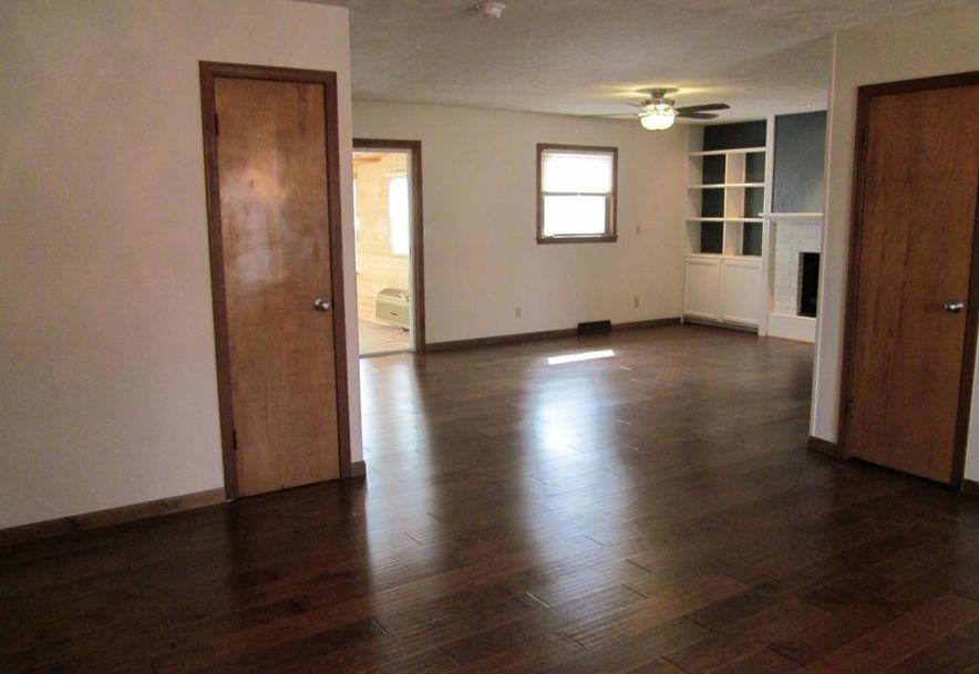 814 East Smith Street Springfield, MO 65803 - Photo 4