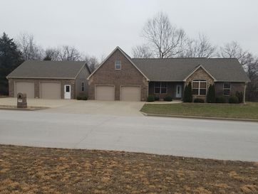 1793 South Charles Place Bolivar, MO 65613 - Image 1