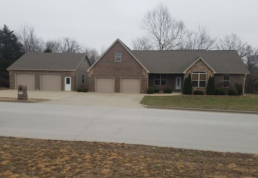 1793 South Charles Place Bolivar, MO 65613 - Photo 1