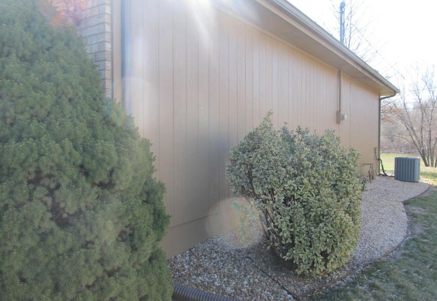 1434 West Deerfield Street Springfield, MO 65807 - Photo 7