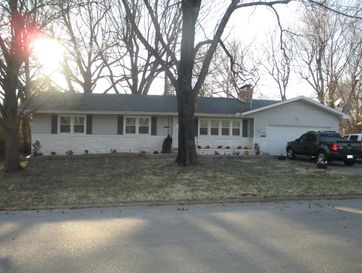 1613 South Link Avenue Springfield, MO 65804 - Image 1