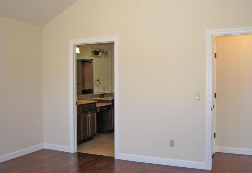 3810 East Cherry St Unit B108 Springfield, MO 65804 - Photo 13