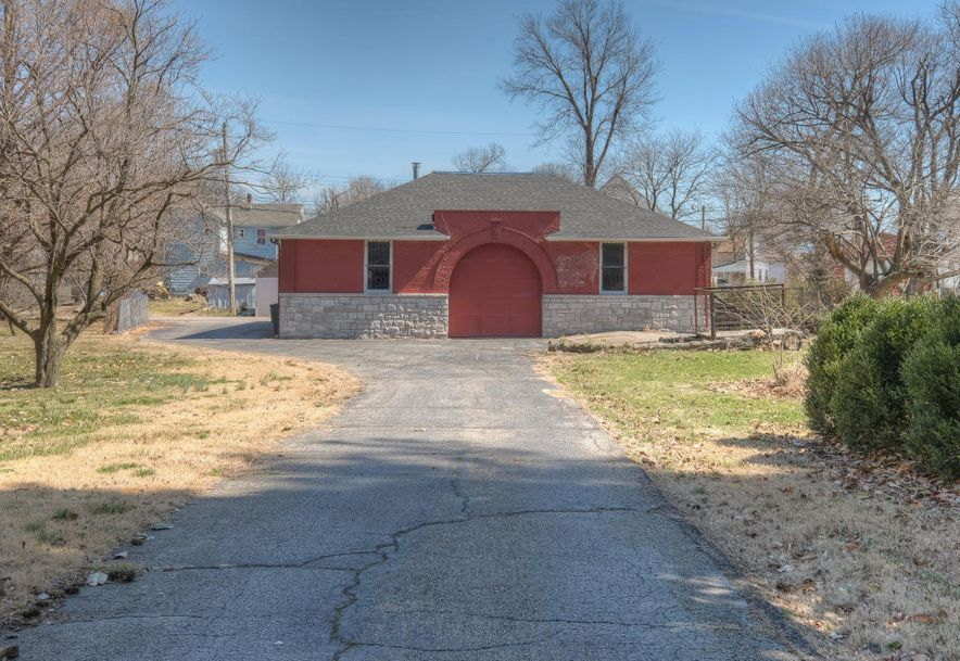 1106 Grand Carthage, MO 64836 - Photo 4