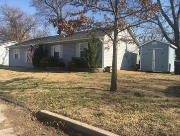 424 West Vine Webb City, MO 64870 - Image