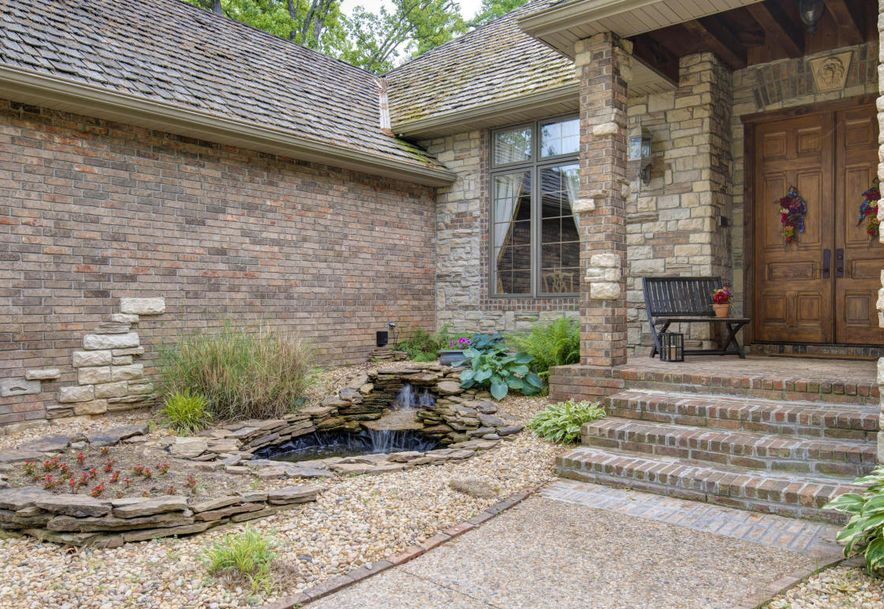 5664 East Eastmore Drive Springfield, MO 65809 - Photo 2