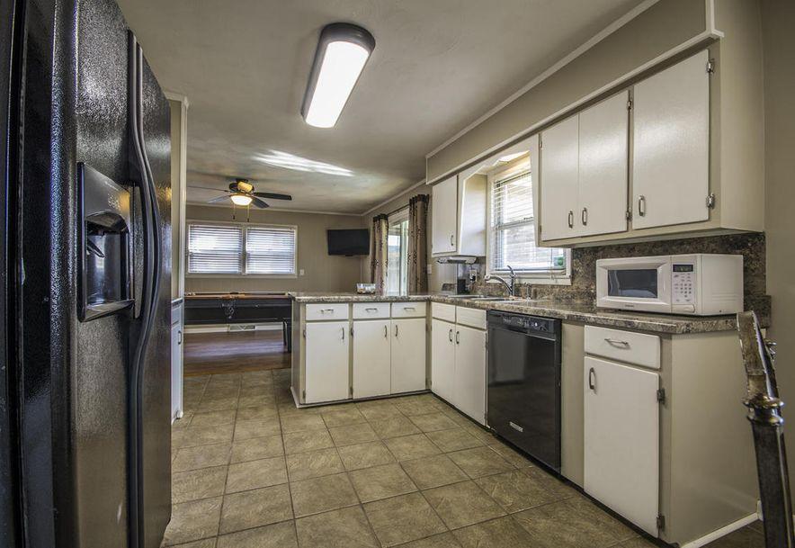 2857 South Stewart Avenue Springfield, MO 65804 - Photo 11