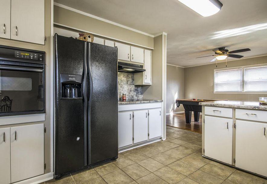 2857 South Stewart Avenue Springfield, MO 65804 - Photo 12